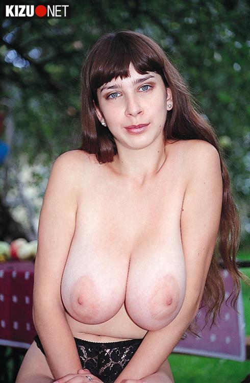 Can yulia nova bikini nude