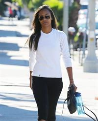 Zoe Saldana arriving at a gym in West Hollywod January 15-2013