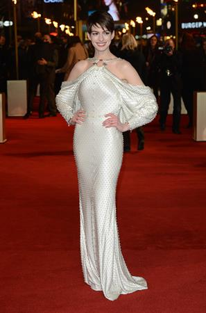 Anne Hathaway  'Les Miserables' World Premiere at the Odeon Leicester Square in London - December 5, 2012