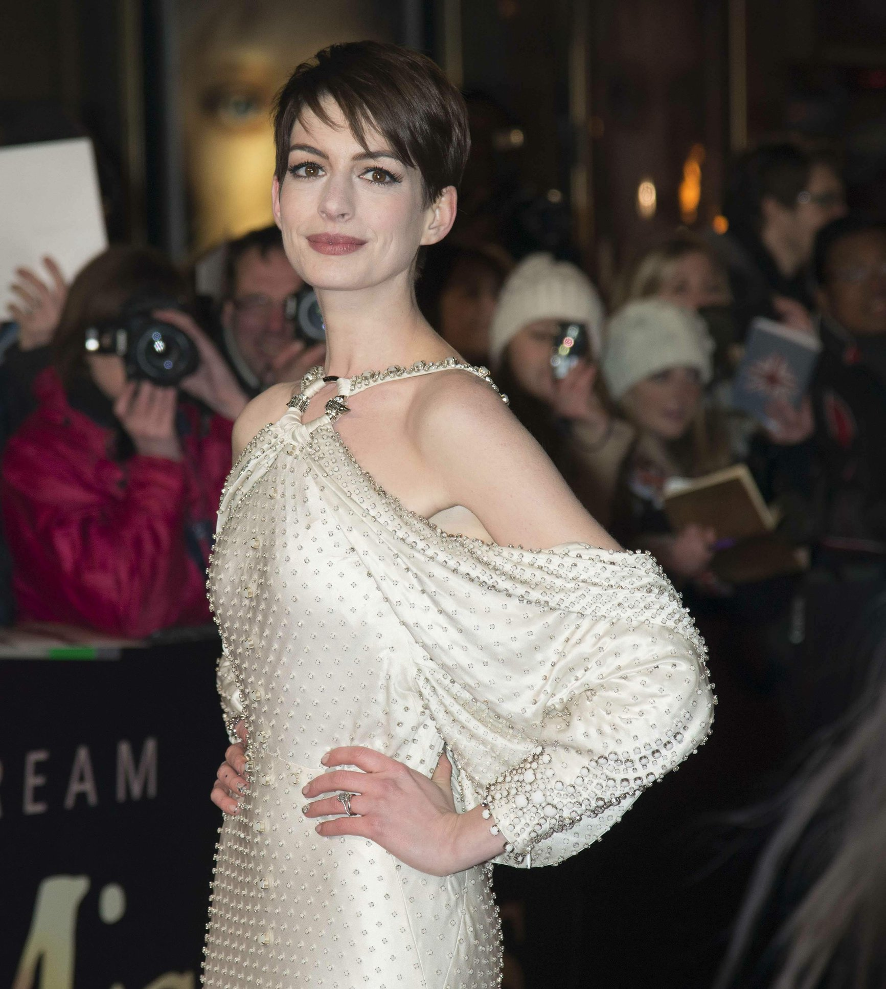 Anne Hathaway 'Les Miserables' World Premiere At The Odeon