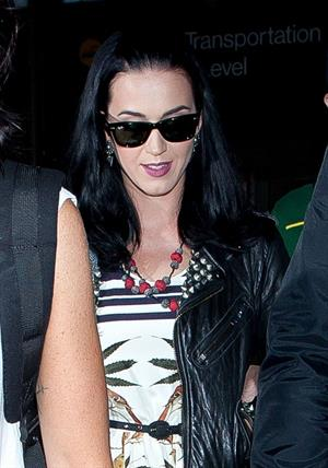Katy Perry Prepares to depart Los Angeles