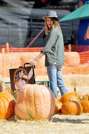 Jessica Alba – at Mr Bones Pumpkin Patch 10/12/13