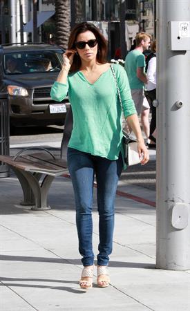 Eva Longoria Goes shoe shopping in Beverly Hills (May 23, 2013)