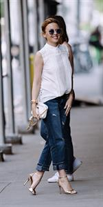 Kylie Minogue - Greets her fans in New York City (21.06.2013)