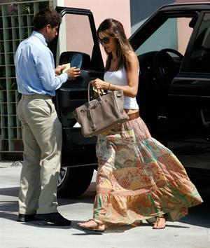 Alessandra Ambrosio checking out houses in Los Angeles 13.09.11