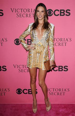 Alessandra Ambrosio at Victoria's Secret Fashion Show Viewing Party 29.11.11