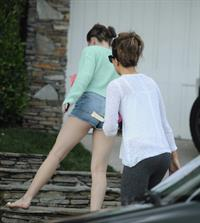 Kate Beckinsale returns to her home in Los Angeles June 12-2013