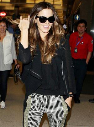 Kate Beckinsale at LA Airport September 23, 2013