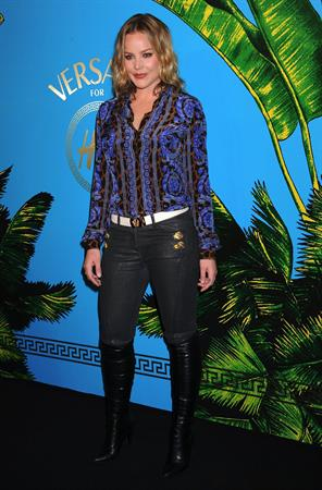 Abbie Cornish Versace for HM fashion event at the HM on the Hudson on November 8, 2011
