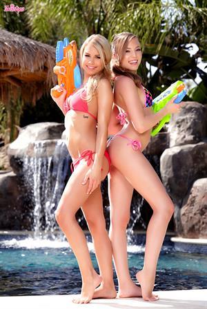 Aubrey Star and Kendall Kayden - Super Soak-It-Up
