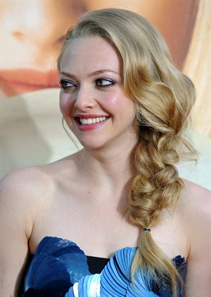 Amanda Seyfried at the Hollywood premiere of  Letters to Juliet  on May 11, 2010