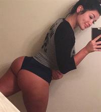 Miss Genii taking a selfie