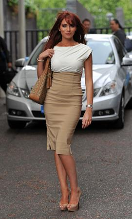Amy Childs leaving Daybreak studios on May 16, 2011