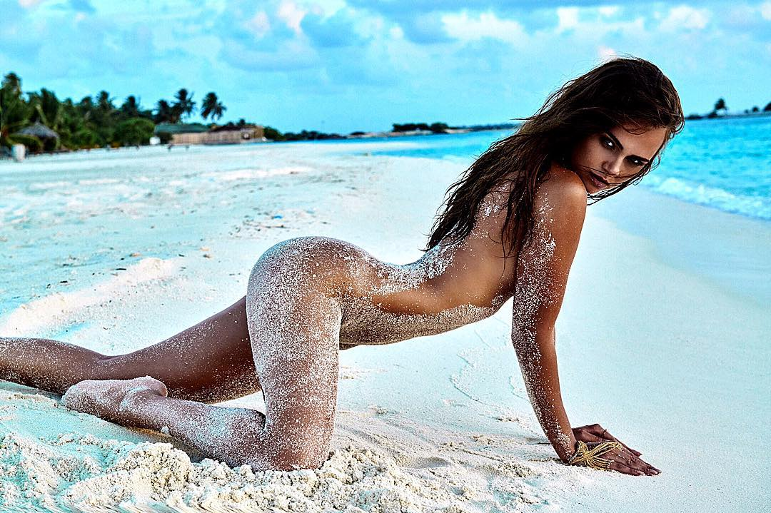 Really beautiful maldivian girl's naked self photos leaked