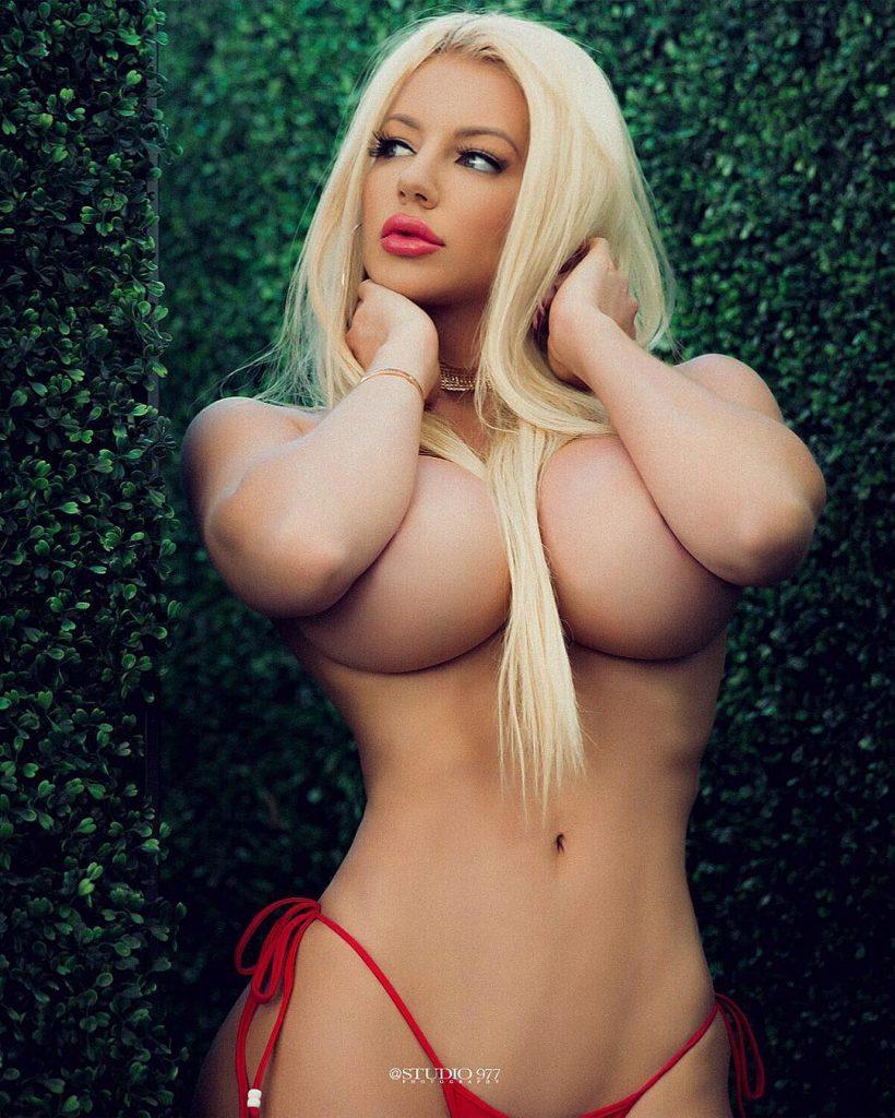 Nicolette shea naked