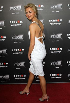 Arielle Kebbel attends the Scream 4 premiere at Grauman's Chinese Theatre in Hollywood on April 11, 2011