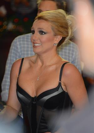 Britney Spears FOX's The Factor Season Finale results show in LA 12/20/12