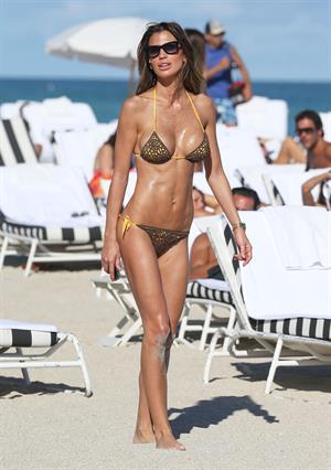 Claudia Galanti bikini candids in Miami Beach 12/7/12