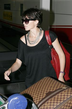 Dannii Minogue at Sydney Airport on March 1, 2012