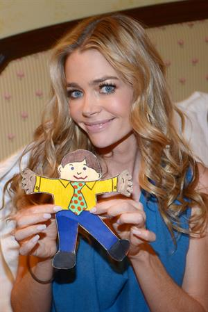 Denise Richards at her house in Los Angeles 12/17/12