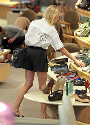 Diane Kruger Shopping for shoes in Beverly Hills on June 8, 2013