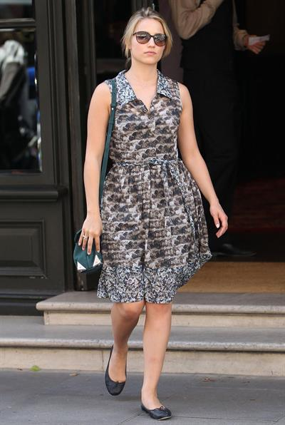 Dianna Agron - Leaving her hotel in London - August 20, 2012