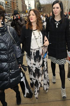 Drew Barrymore - Arrives at the New York City Ballet's Annual Luncheon Benefit (07.02.2013)