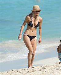 Elin Nordegren on the beach in the Bahamas (bikini) 1/6/13