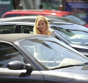 Elisha Cuthbert - Shopping in Los Angeles - July 31, 2012