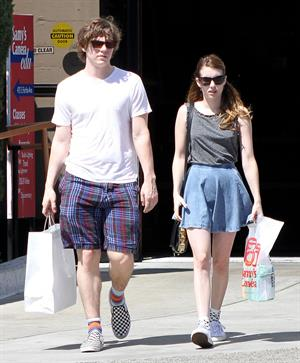 Emma Roberts - Spotted shopping at Samy's in Los Angeles (30.03.2013)