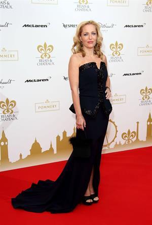 Gillian Anderson Relais & Chateau's 'Diner des Grands Chefs London (April 22, 2013)