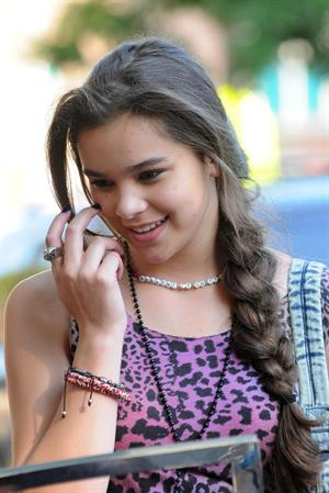 Hailee Steinfeld filming 'Can A Song Save Your Life' 7/9/12