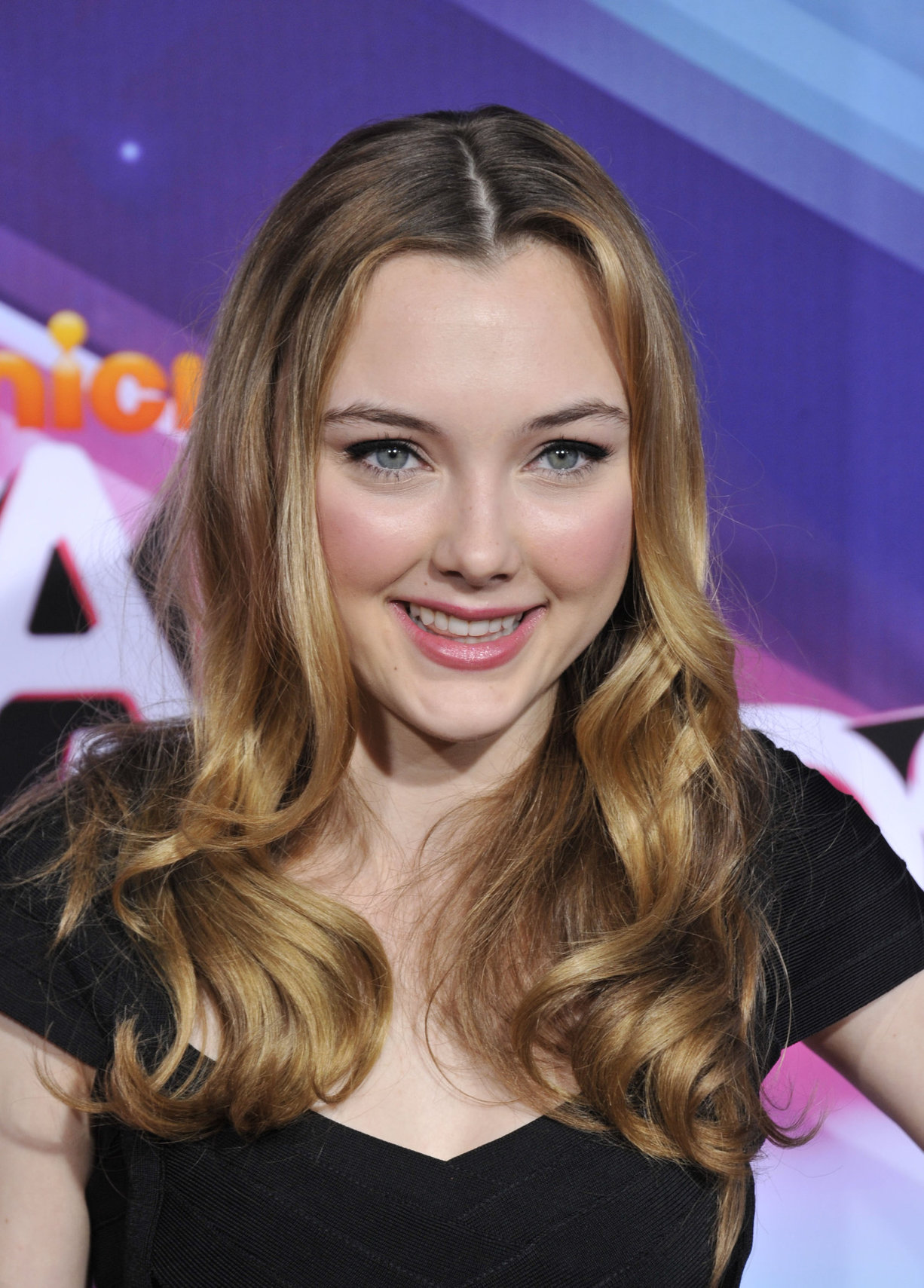 Victory Van Tuyl TeenNick HALO awards in Hollywood 11/17/12