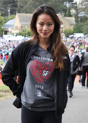 Jamie Chung - Wearing spandex at AIDS Walk in San Francisco (July 15, 2012)