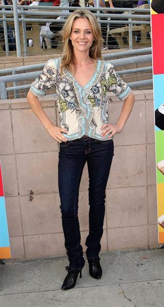 Jessalyn Gilsig -  Glee  Los Angeles Premiere on May 11, 2009