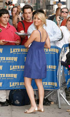 Kaley Cuoco arrives at the Late Show with David Letterman in New York City