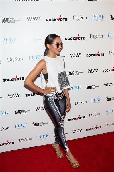 Katerina Graham - PURE Nightclub (Arrival) in Las Vegas (June 26, 2012)