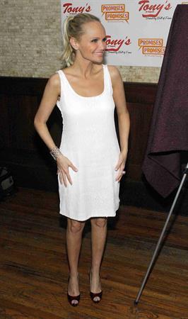 Kristin Chenoweth Tony's Di Napoli Portrait Unveiling (May 20, 2010)