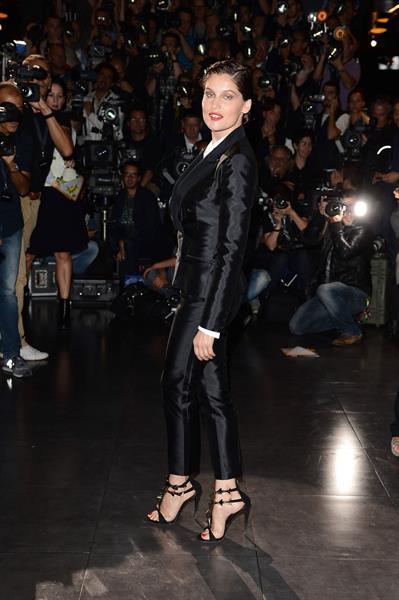 Laetitia Casta Dolce & Gabbana - Front Row - Milan Fashion Week (Sep 23, 2012)