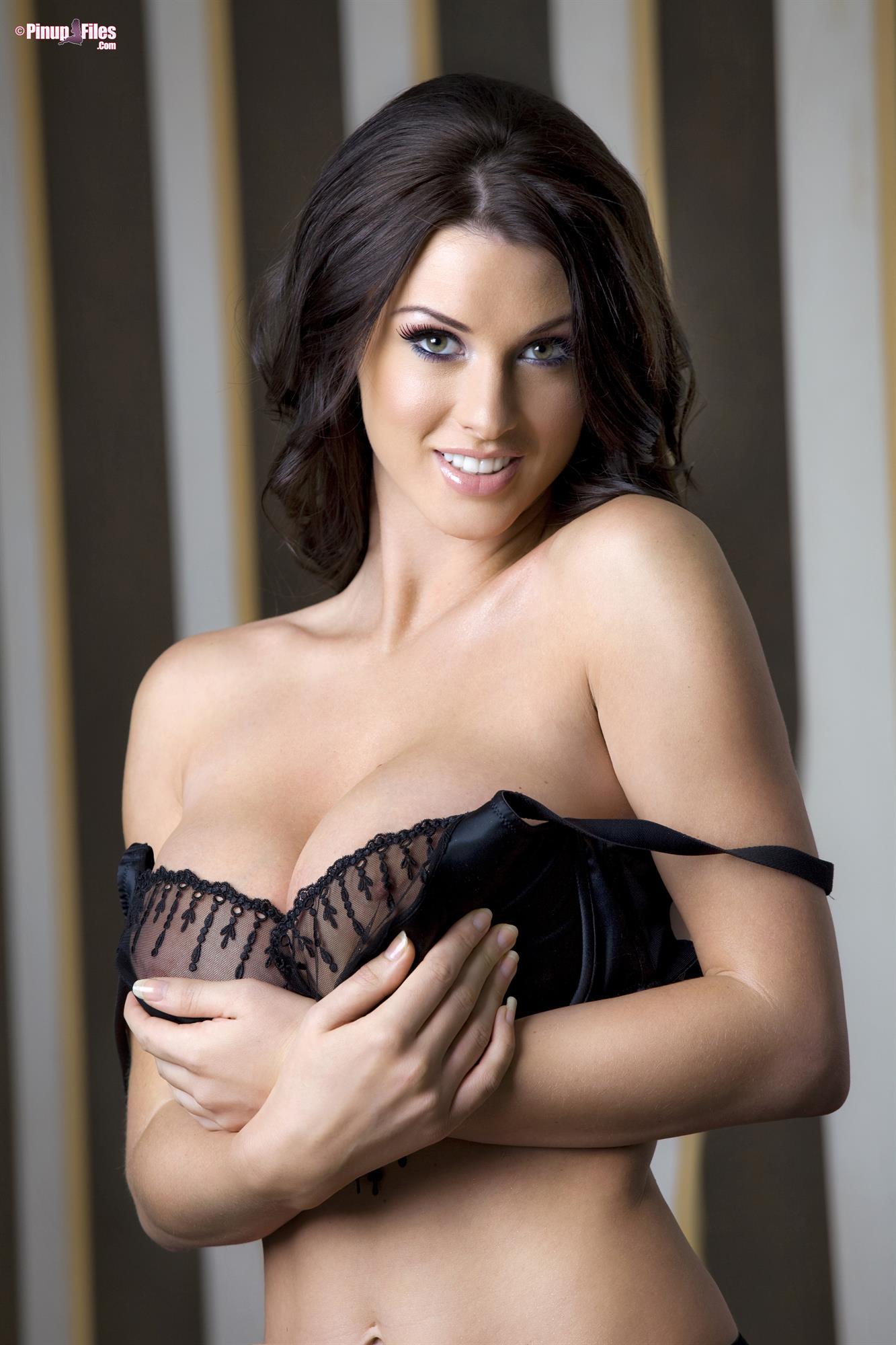 Alice Goodwin Porn Forums alice goodwin has huge tits 9.58/10