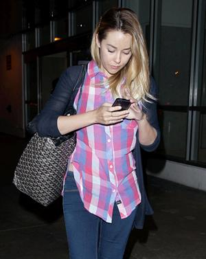 Lauren Conrad Los Angeles International Airport (16.04.2013)