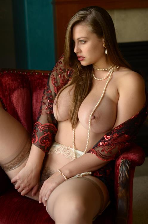 Lillias Right Nude Pictures Rating  70510-3218