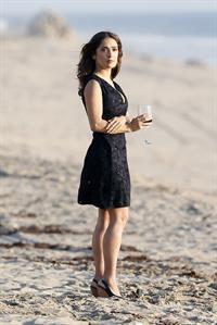 "Salma Hayek on the ""How to Make Love Like an Englishman"" set candids in Los Angeles, November 4, 2013"