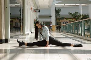 Karissa Kane in Malls R Dead