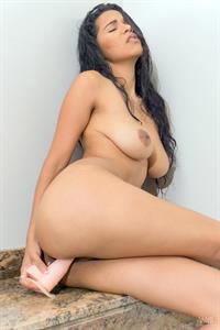 Kendra Roll in Wet Orgasm