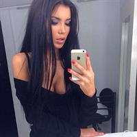 Svetlana Bilyalova taking a selfie