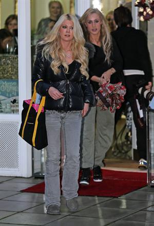 Tara Reid was seen at Tatiana Hair Extensions in Kensington, December 21, 2012