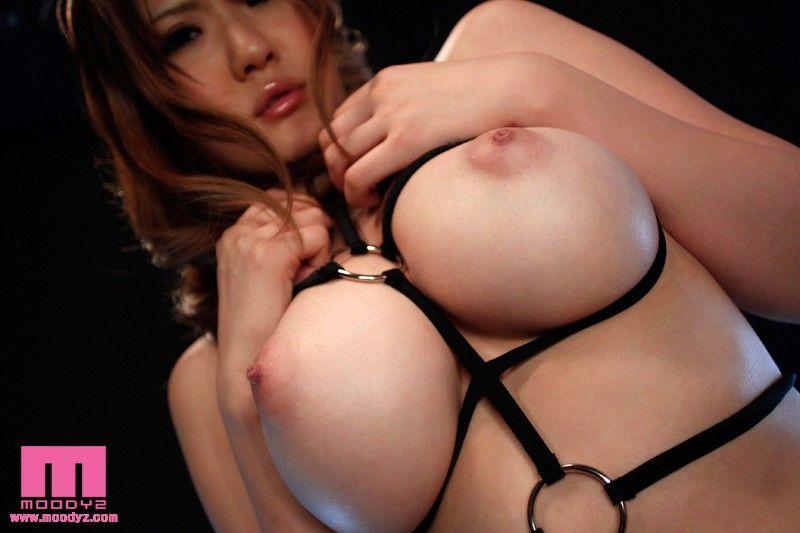 Momoka Nishina Nude 15 Pictures Rating 8 00 10