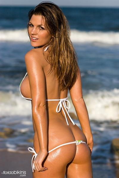 Jillian Beyor in a bikini - ass