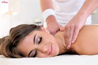 That's A Slick Massage.. featuring Riley Reid | Twistys.com